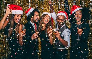 サンタ帽子でパーティー