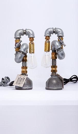 צמד מנורות מפותלות  ונורות וינטאג'    8*29*14