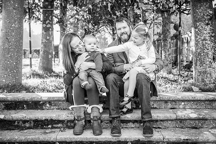 Family photoshoot, country photo shoot, family photography, hampshire, new forest engagement,