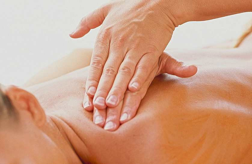 Muscle Melting Back Massage