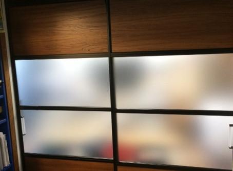 【施工事例】スクリーンパーテーションでお部屋を快適に(神戸市)