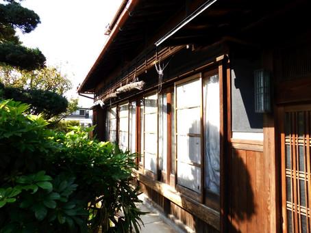 【施工事例】木製網戸をアルミ製網戸に、裏口ドアも交換(大阪市)