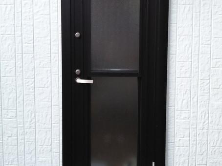 【施工事例】ドア交換の断熱効果を実感(能勢町)