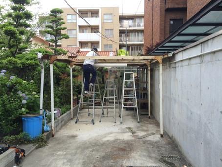 【施工事例】錆びついたカーポート屋根を交換(大阪市)