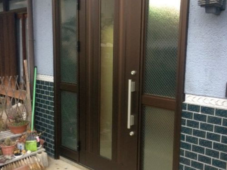 【施工事例】木製の引戸をドアに交換(四条畷市)