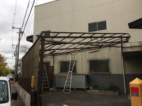 工場裏の波板張替え工事(八尾市)