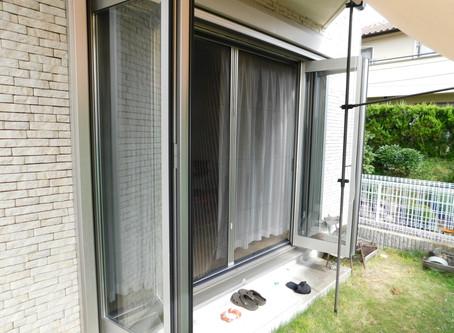 【施工事例】ワイドオープン窓の大きな網戸を交換(西宮市)