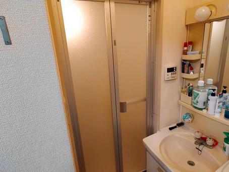【施工事例】浴室折れ戸を交換(箕面市)