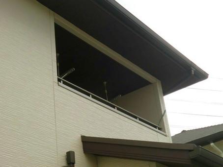 【施工事例】生駒市W様邸:二階ベランダにサッシをつけてサンルーム風