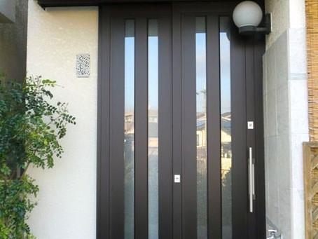 【施工事例】玄関ドアを引戸に交換、たった一日簡単施工(豊中市)
