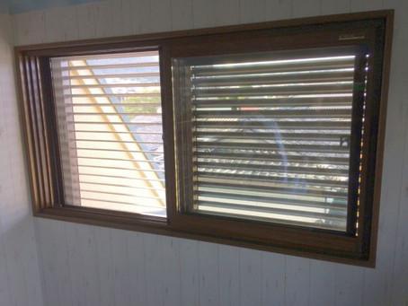 【施工事例】出窓に二重窓、窓の雨対策も(茨木市)