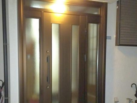 【施工事例】壊れた引戸をドアに交換(交野市)