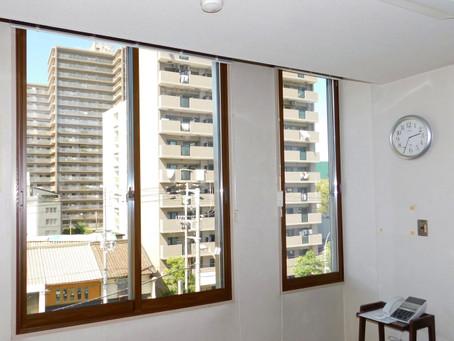 【施工事例】オフィスビル全体を省エネ対策に二重窓設置(大阪市)