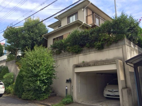 【施工事例】防犯のため家の周りの植木を伐採、フェンスに変更