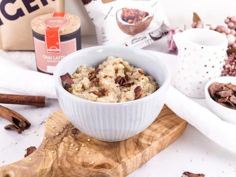 vanilla-chai spiced quinoa porridge