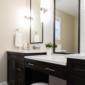 Bathroom Vaniety