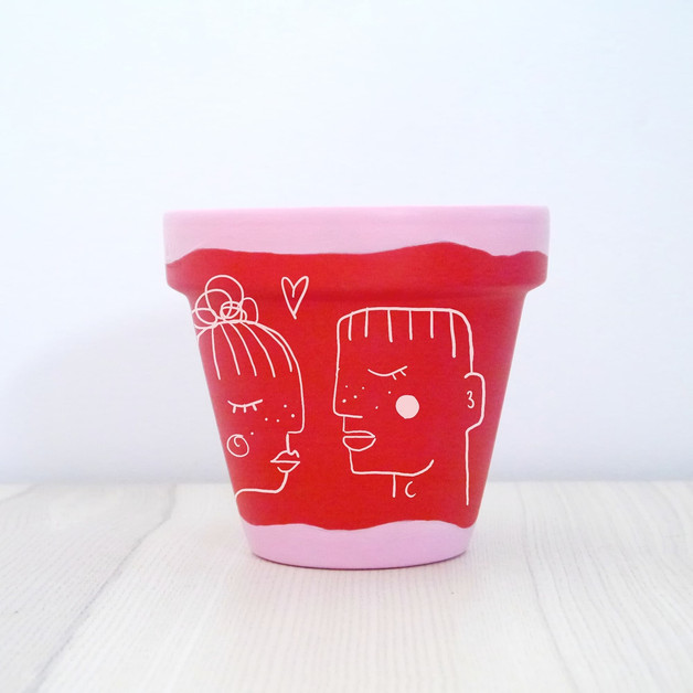 LOVE-UUH Painted Pot