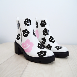 HEY FLOWER FACE Boots