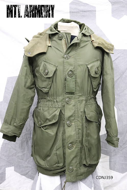 CANADIAN FORCES OD PARKA WITH LINER SIZE SMALL-SHORT