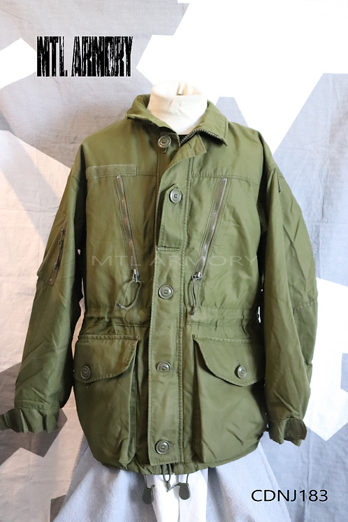 CANADIAN ISSUED GREEN GORE-TEX JACKET SIZE 7044