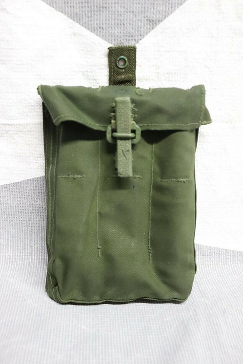 CANADIAN FORCES ISSUED 82P SMG MAGAZINE CARRIER