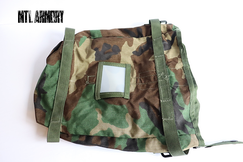 US ARMY WOODLAND RADIO CARRIER POUCH