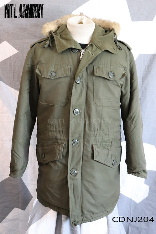 CANADIAN FORCES ISSUED PARKA SIZE 6636