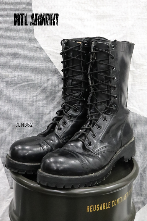 CANADIAN FORCES GARRISION BOOTS SIZE 7 E
