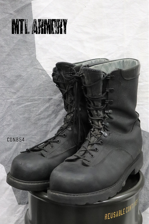 CANADIAN FORCES BLACK STEEL TOE BOOTS SIZE ( 285 / 108  )