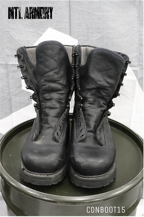 CANADIAN ISSUED MK4 BOOTS SIZE 250/106