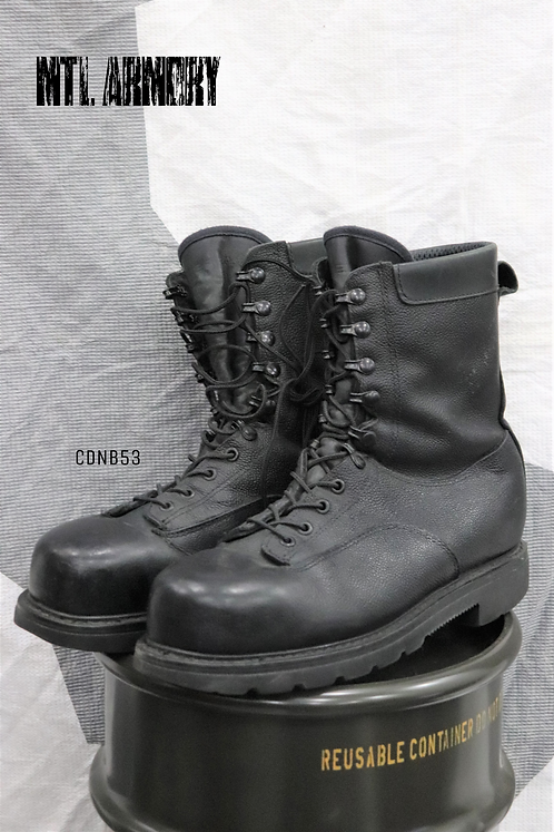 CANADIAN FORCES BLACK STEEL TOE BOOTS SIZE ( 280 / 106  )
