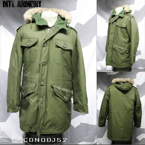 CANAIDIAN FORCES ISSUED OD PARKA SIZE 7040