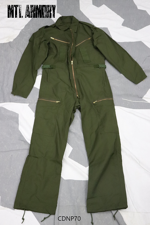 NEW CANADIAN CVC OD COVERALLS SIZE 7137