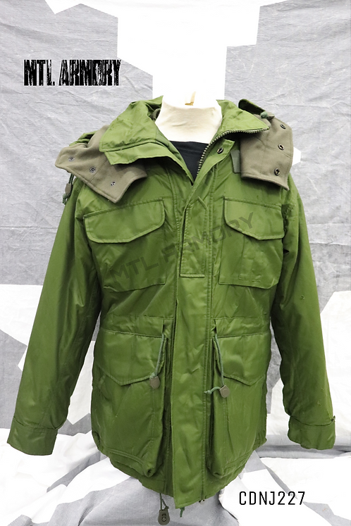 CANADIAN ISSUED OD GORE-TEX EXTREME COLD WEATHER PARKA  SIZE 6736