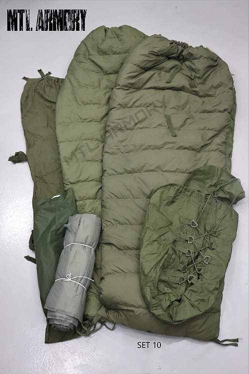 CANADIAN FORCES 5 PCS SLEEPING BAG SYSTEM