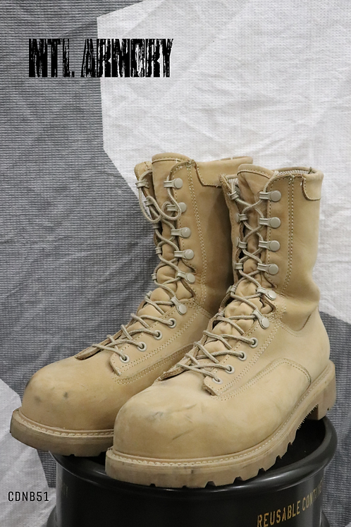 CANADIAN FORCES TAN STEEL TOE BOOTS SIZE ( 285/104 )