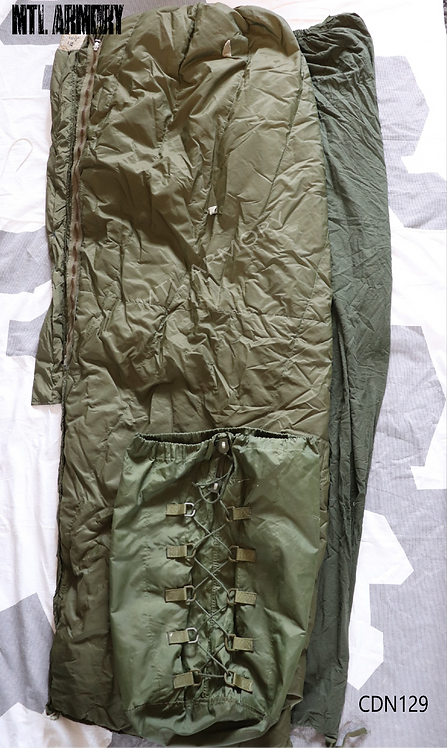 CANADIAN FORCES ISSUED 3 PCS SLEEPING BAG KIT