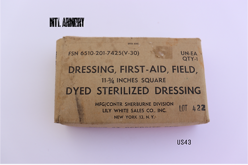US UNOPENED FIRST-AID FIELD DRESSING