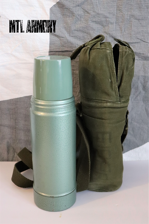 CANADIAN FORCES THERMOS AND CARRIER
