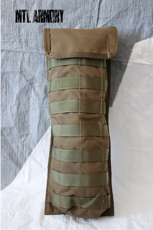 CANADIAN FORCES ISSUED TACTICAL TAILOR HYDRATION BLADDER CARRIER POUCH