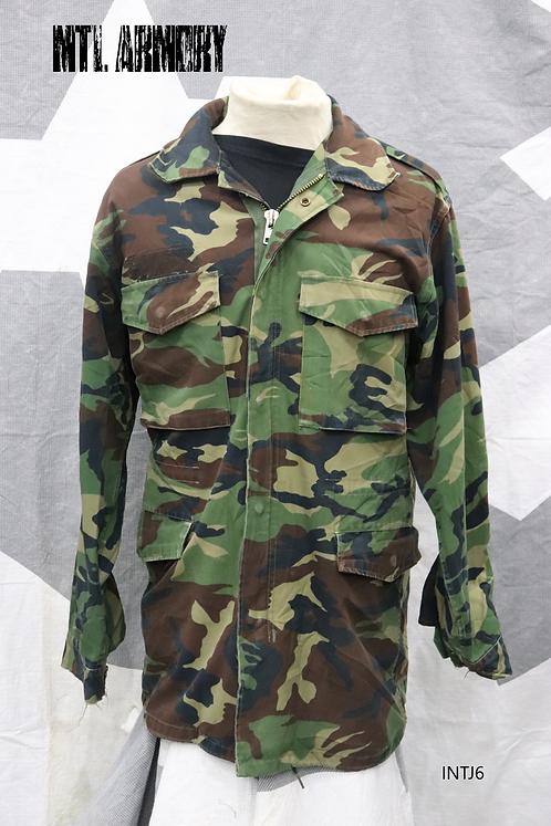 KOREAN MILITARY JACKET ROK ARMY SIZE MEDIUM (100 KOREAN)