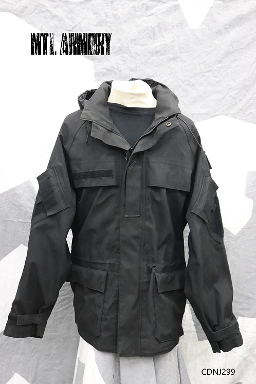 ROYAL CANADIAN NAVY BLACK COLD WEATHER RAIN JACKET SIZE 7048