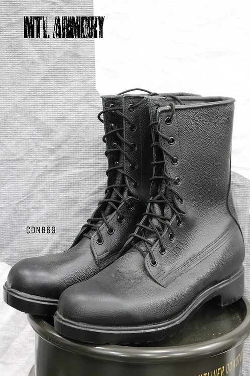 CANADIAN FORCES BLACK MK III COMBAT BOOTS SIZE 7E