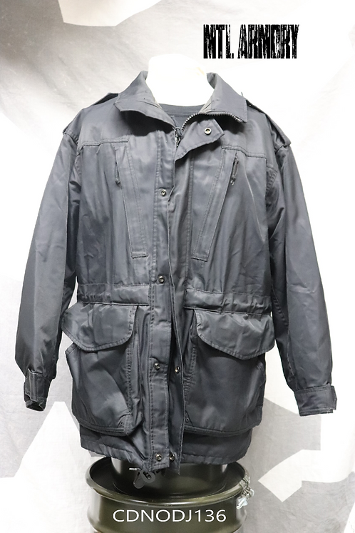CANADIAN NAVY ISSUED BLACK GORE-TEX JACKET SIZE 6744