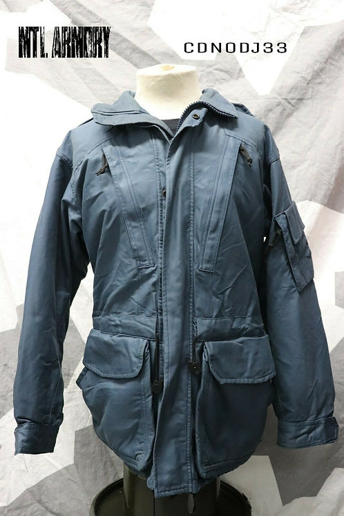 CANADIAN AIR FORCE ISSUED GORE-TEX JACKET SIZE 7040