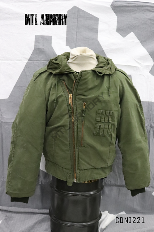 CANADIAN ISSUED AFV JACKET SIZE LARGE-LONG