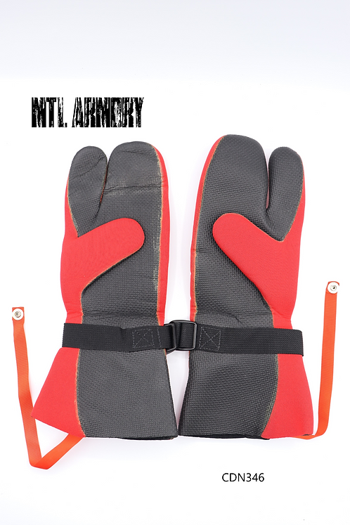 CANADIAN FORCES MUSTANG SURVIVAL COLD WEATHER MITTS