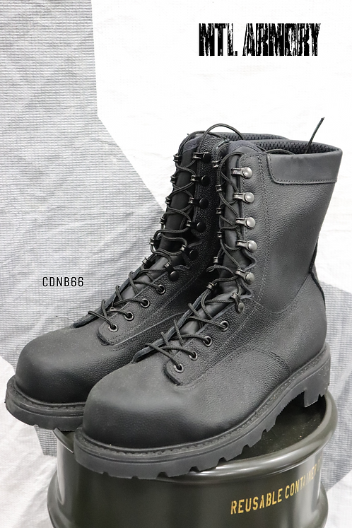 CANADIAN FORCES BLACK STEEL TOE BOOTS SIZE ( 275 / 104 )
