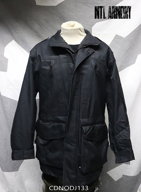 CANADIAN NAVY ISSUED BLACK GORE-TEX JACKET SIZE 7040