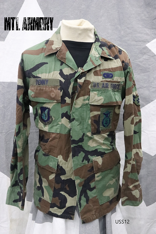 USAF MILITARY WOODLAND COMBAT SHIRT SIZE MEDIUM-REGULAR
